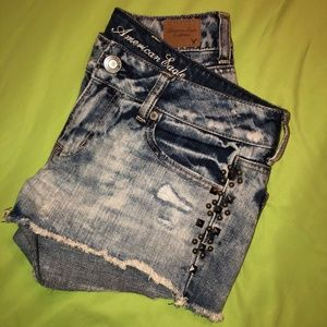 AMERICAN EAGLE Distressed Studded Stud Jean Shorts